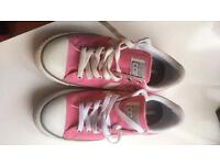 Converse size 4 £8