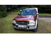 Ford Ranger pick-up 4x4; 2004; great condition