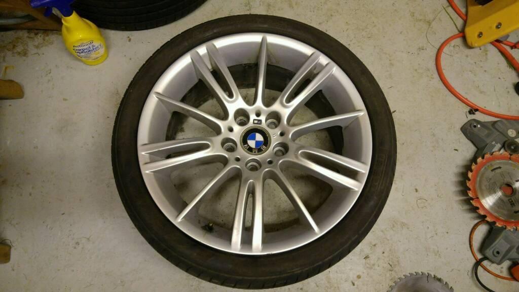 BMW mv3 front wheels & tyres 225 40 18