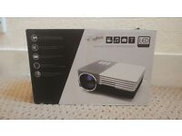 Elephas 1080p Portable Projector *Like new*