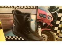 Men's motorbike boots size 9