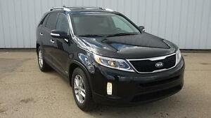 2014 Kia Sorento LX Premium AWD - Leather heated seats - PST...