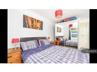 2 bedroom flat in Craster Road, London, SW2 (2 bed) (#1183771)