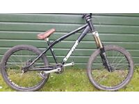 Identiti 666 Dirt/Jump Bike