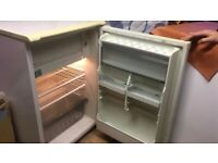 Under Counter Fridge and Freezer - Hotpoint in Freestanding