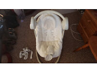 Mamas + Papas childs automatic swing chair! with light canopy, 5 speed settings BARGAIN