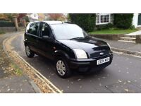 2004 FORD FUSION 2 16V 1.4 PETROL BLACK 1 PREVIOUS OWNER LOW MILEAGE SERVICE HISTORY 12 MONTHS MOT