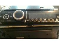 Clarion car CD radio with aux in