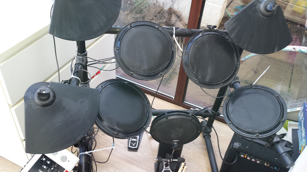 Rocktronic Electric Drum Kit DD502(J) with stool, amp, cables, sticks, pick  up and start drumming    | in Royal Wootton Bassett, Wiltshire | Gumtree