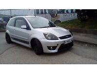 FIESTA ST LOW MILLAGE IMMACULATE 2005