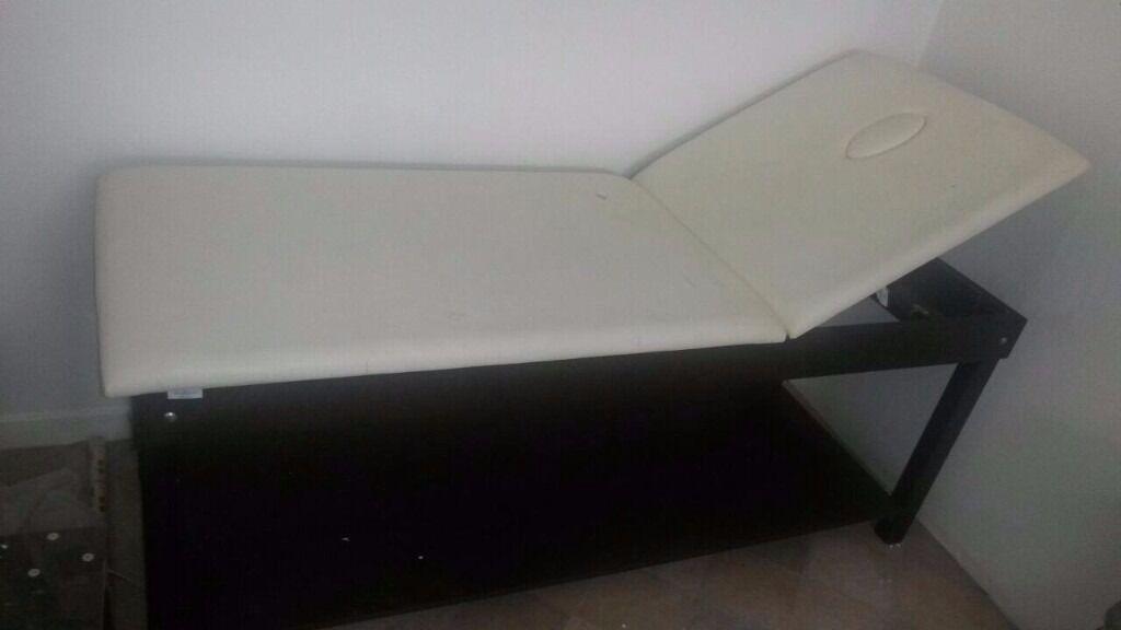 Message bed for sale (Retail price £300) £70 first come first serve!