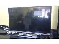32'' TOSHIBA SMART LED TV (1080p FULL HD READY) £140