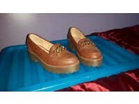 Atmosphere size 6 brown shoes