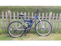 Raleigh yukon 21 speed hybrid bike - nearly new