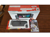 (NEW! Sealed!) Nintendo Switch 32Gb + Carry Case + LCD Screen Protector + FIFA 18