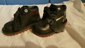 Star Wars Darth Vader light up Kickers boots size infant 6/23