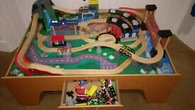 Table top train set with accessories
