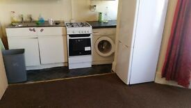 1 bedroom flat -- Dss Welcome / Ilford/Sevenking/Goodmayes