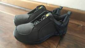 Safety shoes size 6