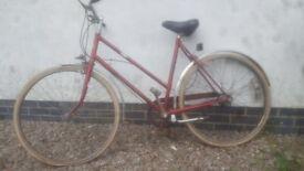 Beautiful Ladies Hercules vintage bicycle, 1930s 1960s cycle bike exact age unknown