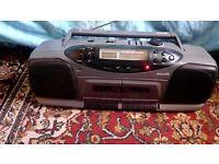 Philips AW7404/05 Digital Quartz Tuner, DBB System, Tape/Radio Player