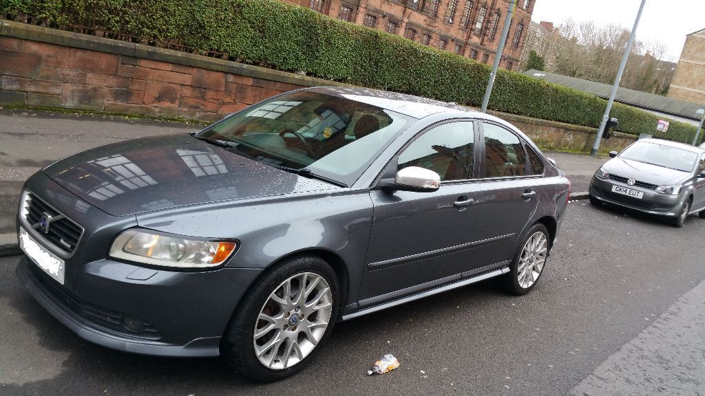 Volvo S40 R Design 2008 In Excellent Body Work And Leather