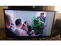 "LG 47"" LED TV SMART/3D/FREEVIEW HD/WIFI READY/100HZ/WIDI/MEDIA PLAYER IN MINT CONDITION NO OFFERS"