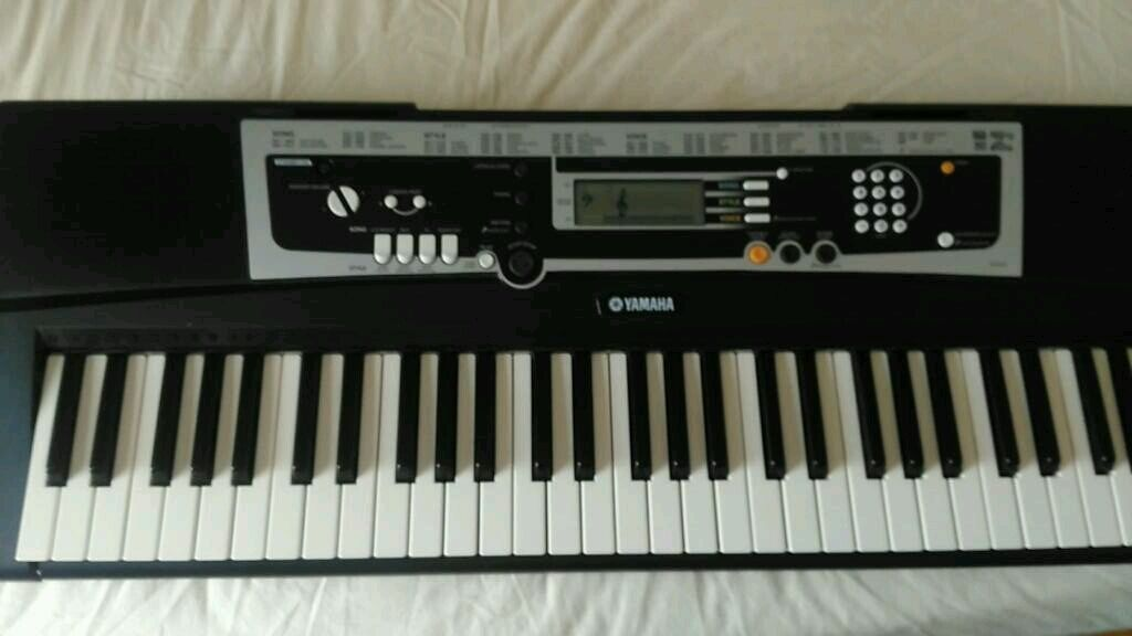 yamaha ypt 210 in radcliffe manchester gumtree. Black Bedroom Furniture Sets. Home Design Ideas