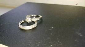 Perfect fit bridal set, engagement and wedding ring. Size L