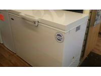 LARGE CHEST FREEZER BRAND NEW 2 YEAR GUARANTEE 197 LITRE WITH LOCK
