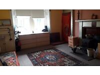 Short term rent Beautiful large double bedroom with stove in farm