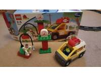 Lego DUPLO 5658 - Toy Story Pizza Planet Play Set