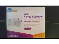 Brand new NETGEAR EX2700-100UKS 300 Mbps WiFi Range Extender (WiFi Booster) N300