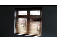 2 real oak oiled wooden blinds - 174 cm wide and 117 cm wide.