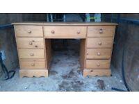 Pine dressing table ---desk