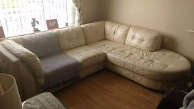 Cream leather corner suite. Good condition