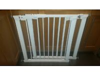 2 x excellent condition BabyDan Premier Pressure Fit Safety Gates - White