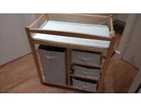 Baby changing dresser (with drawers)