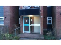 Large 1 bed flat to let prime location Pinner Middx