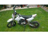 Demon X 125 cc pit bike