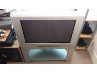 Toshiba 32 inch CRT FLAT SCREEN TV