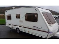 Swift lifestyle 500 4 berth 2004 model with fixed double bed family caravan