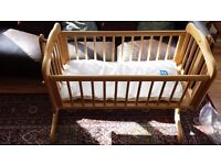 Mothercare gliding crib and mattress. From smoke and pet free home. E xcellent condition
