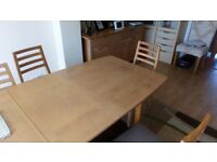 Oak Veneer Dining Table with 6 chairs