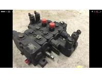 JCB hydraulic control block