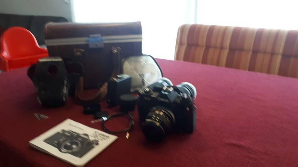 Alte Kamera Canon EF, 1977? Mit Objektiven und Zubehör, Sammlerst in Rodalben