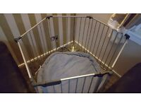 Baby play pen with soft mat