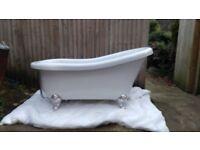 Slipper bath tub
