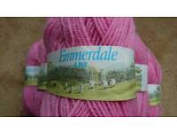EMMERDALE 4 ply knitting yarn x 7 balls of 50g each.