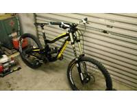 Nukeproof scalp downhill mountain bike
